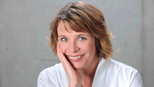 Karin.Volbracht@next‑u.de